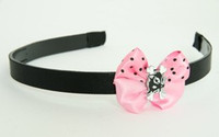 Cat bone black-white light Pink bow & animal