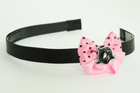 Cat black light pink bow & animal