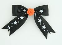 Bl-white / flower orange black-white flower