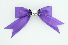 Purple / skull tooth white dark purple skull