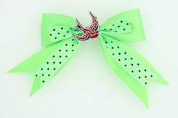 Dot green / swallow red green animal