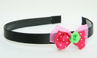 DP flower green dark pink bow & flower