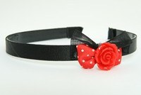 Black-red / rose red Red bow & flower