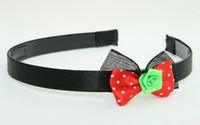 BR flower green red bow & flower