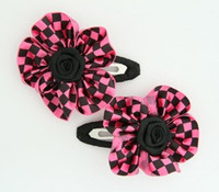 Check small pink flower hair clips pair