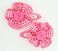 Check C pink flower hair clips pair