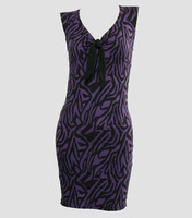 Front - DV zebra purple V neck pin up