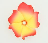 M foam red-yellow medium flower