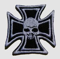 S herocross skull black medium patch