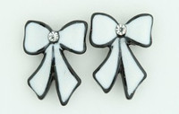 C bow long white-black colorful stud
