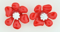 C flower red-white colorful stud