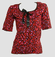 Front - Leopard red classic top pin up