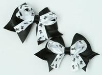 Skull black / white-black cute baby hair clips pair