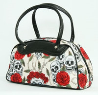 Skulls cream medium bowling bag