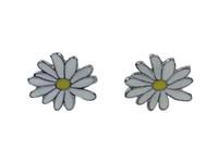 Daisy flower stud earring
