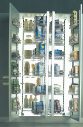 204002 - Luxury Tandem Pantry Unit