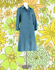 Pretty prussian blue trench