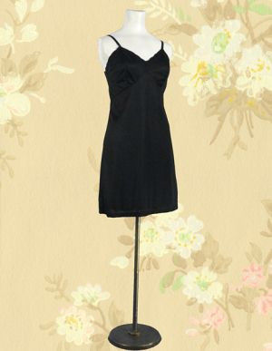 785862cb2 Black 1960s Gaymode full slip - Wallflower Vintage