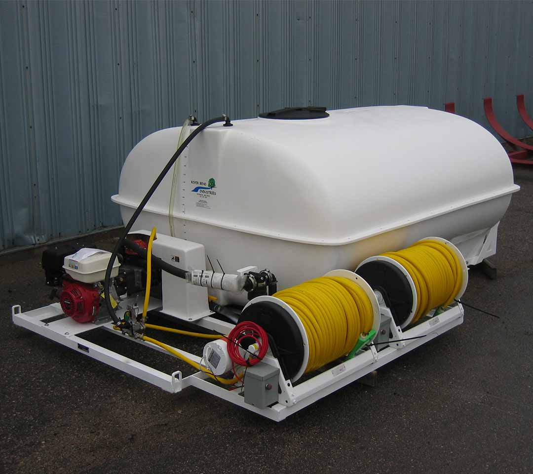 1080-960-1000-gallon-mechanical-single-reel-passenger-side.jpg