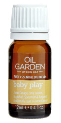 Oil Garden Baby Play Essential Blend Oil revives and uplifts when feeling weary and suffering from mental fatigue, while the stimulating action of Sweet Orange.