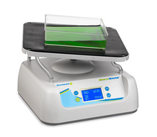 Benchmark Scientific B3D5000 BenchWaver™ 3D Orbital Shaker with Non-Slip Mat for Western Blot