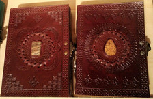 Single stone journals
