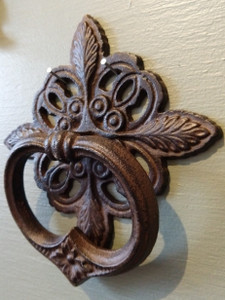 Cottage Door Knocker ~ rust