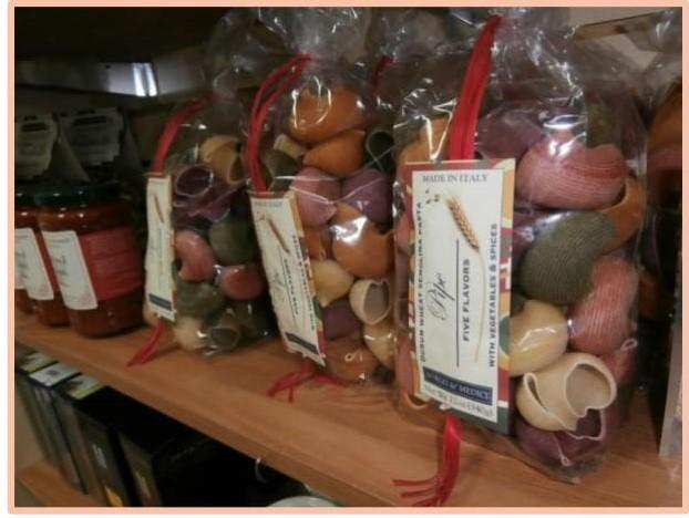 prod-desc-food-gift-bask.jpg