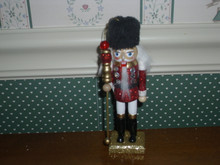 "KURT ADLER 6"" WOODEN NUTCRACKER ORNAMENT-BLACK FUR HAT-NEW"