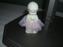 DEPT.56 SNOWBABIES PORCELAIN FIGURINE-SAYING PRAYERS GIRL