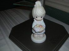 PRECIOUS MOMENTS PORCELAIN FIGURINE THE FRUIT OF THE SPIRIT IS LOVE
