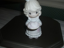 PRECIOUS MOMENTS PORCELAIN FIGURINE-YOU'RE THE SWEETEST COOKIE IN THE BATCH