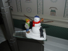 DEPT. 56 SNOW VILLAGE CERAMIC ACCESSORY-RETURN THE NOSE AND NO ONE GETS HURT!