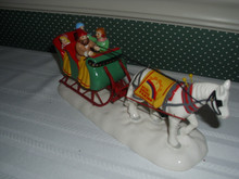 DEPT. 56 SNOW VILLAGE CERAMIC ACCESSORY -SNOW VILLAGE SLEIGH RIDE