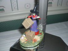 DEPT. 56 SNOW VILLAGE HALLOWEEN-WITCH HOLLOW RESIN ACCESSORY-MOVING WITH MAGIC