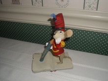 WALT DISNEY ARCHIVES COLLECTION- TIMOTHY MOUSE MAQUETTE FGURINE FROM DUMBO. NEW IN BOX.