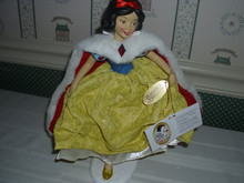 POSSIBLE DREAMS/DISNEY-SNOW WHITE'S CHRISTMAS CELEBRATION-NEW IN BOX