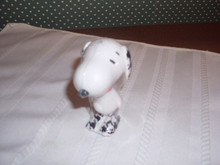 """PEANUTS MINI PORCELAIN  3"""" FIGURINE- HOUND'S- TOOTH SNOOPY-NEW IN BOX"""