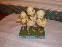 JIM SHORE 2017 HEARTWOOD SPRING FIGURINE- TRIO OF CHICKS-NEW IN BOX