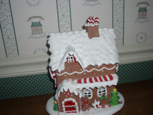 """KURT ADLER 9""""H BATTERY OPERATED LED CANDY GINGERBREAD HOUSE TABLETOP-NEW IN BOX."""