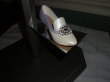 RAINE/WILLITTS DESIGN-JUST THE RIGHT SHOE HISTORICAL COLLECTION FIGURINE- JEWELED HEEL PUMP. BOX/NO COA