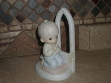 PRECIOUS MOMENTS- FIGURINE-WORSHIP THE LORD-BOY-GOOD COND.