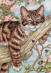 Cat Napping Kitten Gold Collection Petites Dimensions Cross Stitch Kit 65090 NEW
