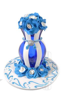 Exquisite Vase 01