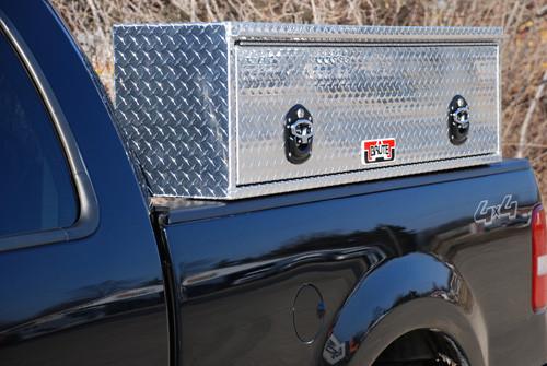 Model 1 Brute HD High Capacity Commercial Class Top Side Tool Box With Flip Up Door features one flip up door