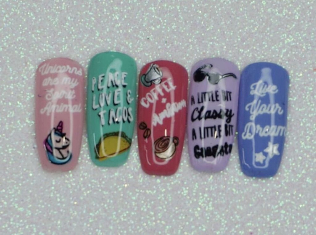 Clear Jelly Stamper Quotes Little Sis! (CjS LC-42) nail stamping plate, available in the USA at www.lanternandwren.com.