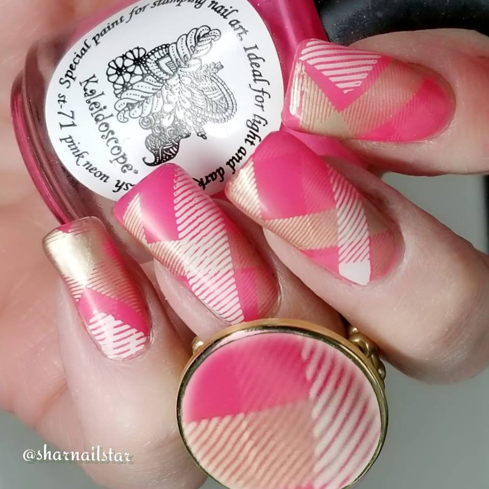 Uber Chic Pretty in Plaid nail stamping plate. Available at www.lanternandwren.com.