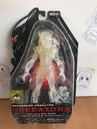 Predators Cloaked Berserker Predator Action figure SDCC Exclusive