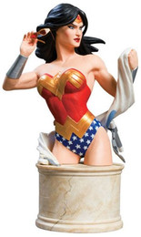 Women of The DC Universe Series 2: Wonder Woman Bust