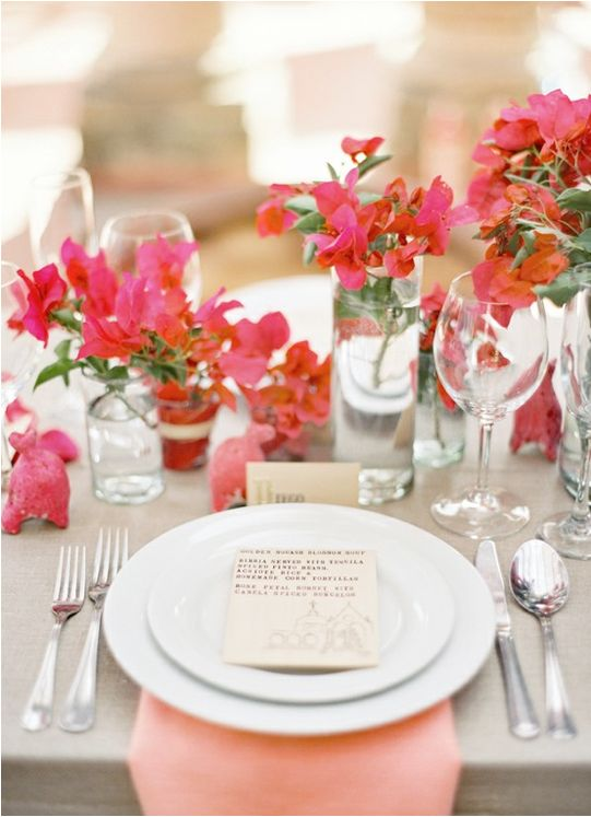 wedding-table-bougainvillea-decor.jpg